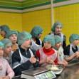 Воспитанники криворожского интерната попробовали себя в профессии пекаря