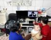 Китайская семья создала квартиру в мужском туалете
