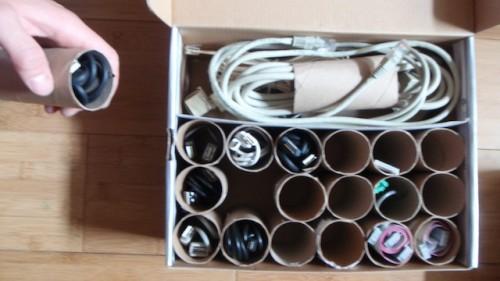 Трубки от туалетной бумаги - контейнеры для кабелей