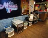 В Лос-Анджелесе открылся ресторан-туалет