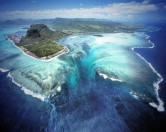 Великолепная иллюзия подводного водопада