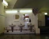 Испанец 15 лет прожил в общественном туалете