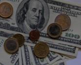Белорусов предупредили о невидимом грибке, уничтожающем доллары