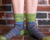 Изобретательные японцы придумали носки от спотыкания