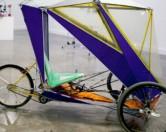 Уроженец Австралии сконструировал «воздушный» велосипед из мусора.