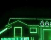 Уроженец США украсил свой дом 70 тысячами лампочек