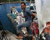 Ротшильд собирается переплыть океан на корабле из мусора