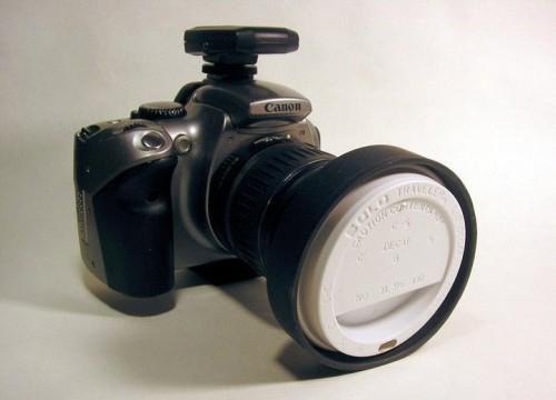 Крышка от стаканчика с кофе - крышка для фото-объектива