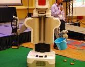 Робот для уборки фекалий
