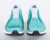 Adidas представляет кроссовки, изготовленные из переработанного океанского пластикового мусора