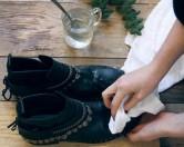 5 способов очистить обувь от соли