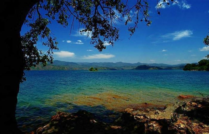 rivu-lake