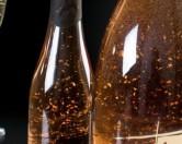 Вино с 24-каратным съедобным золотом начали продавать в ОАЭ